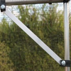 Corner Brace for Walk In Cages